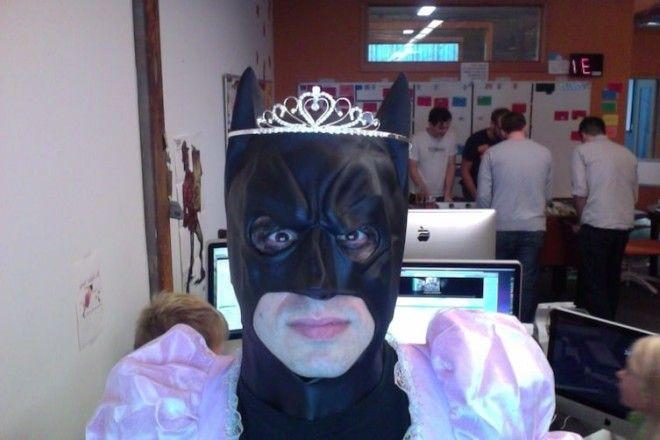 14 Когда хочется быть не только Бэтменом но ещё и принцесской белые вороны забавно люди подборка прикол юмор
