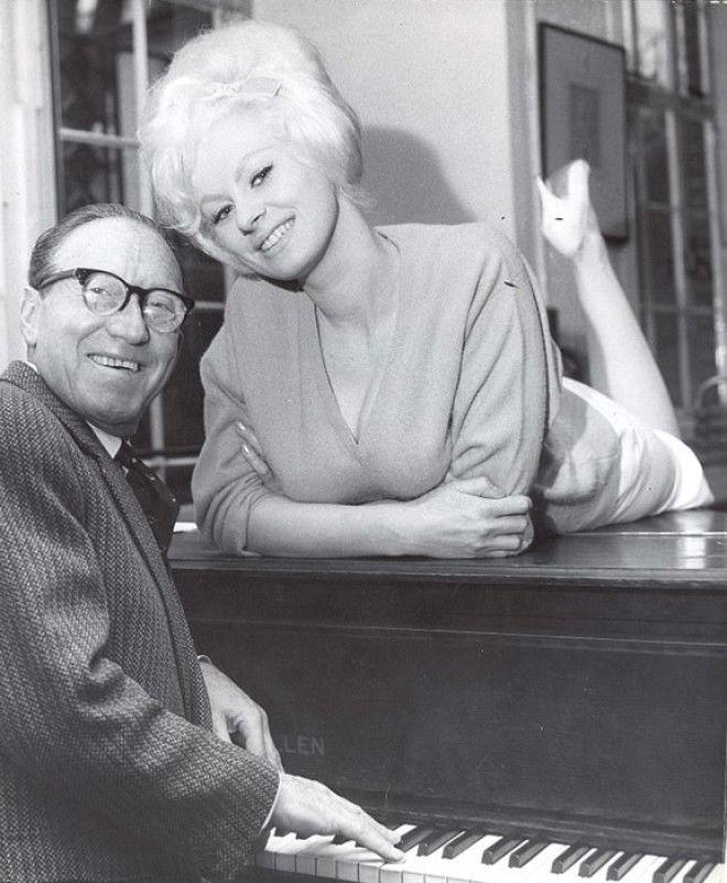 Артур Аски и Сабрина на прослушивании к ТВшоу в Лондоне в 1963 году