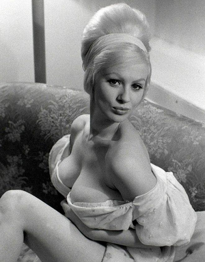 Сабрина в Лас Вегасе в 1962 году