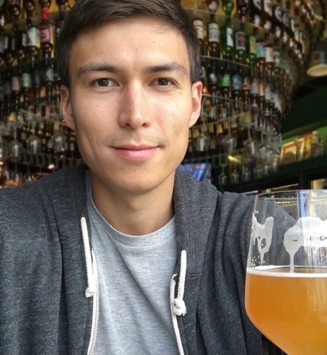 Sн выпивал 1 литр пива каждый день в течение месяца Вот как он изменился
