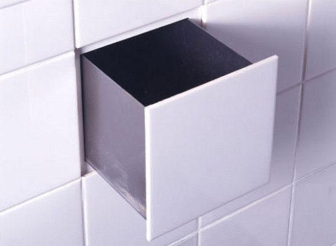 В стене ванной комнате можно сделать необычный тайник под плиткой