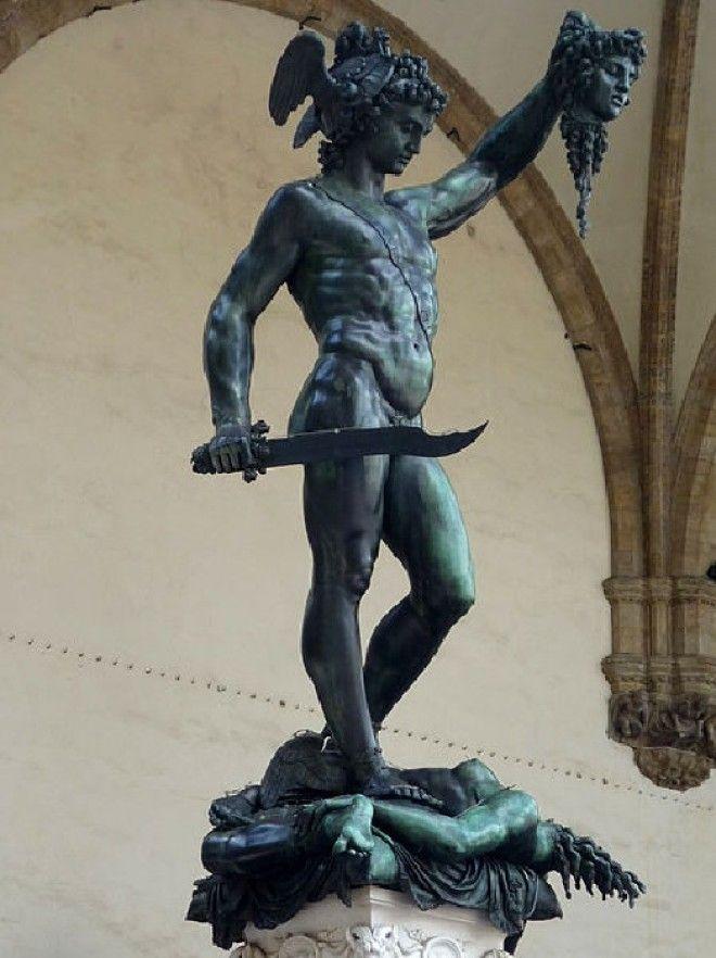Персей с головой Медузы 1554 Флоренция Италия Статуя Бенвенуто Челлини