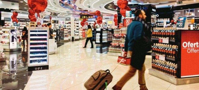 Хитрости в аэропортах: как стимулируют тратить в Duty Free больше