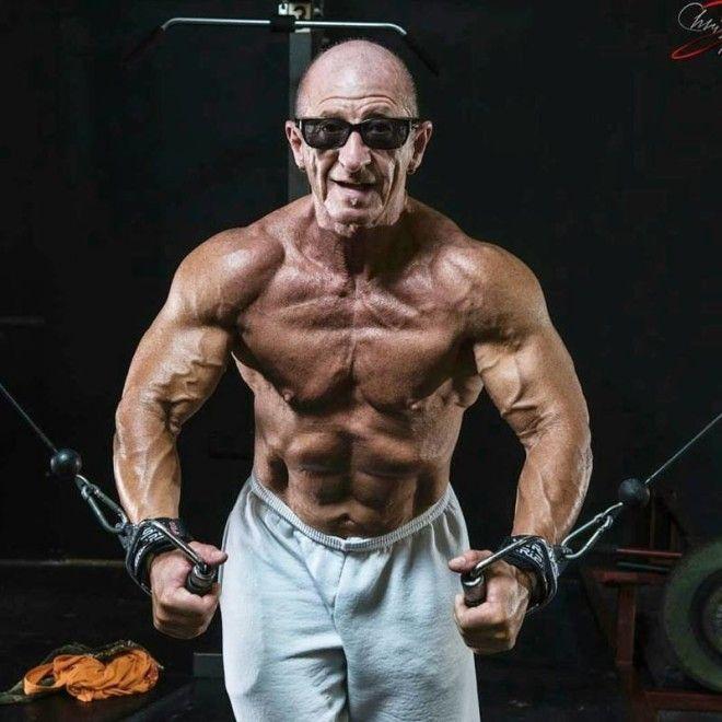 Уходя на пенсию не забудьте взять абонемент в спортзал
