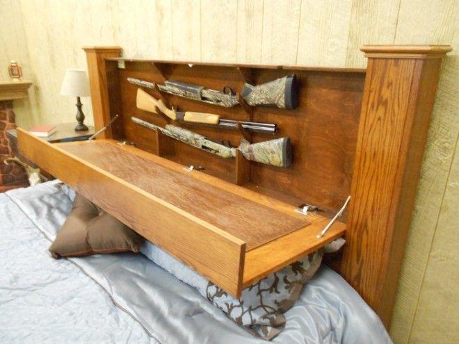 Потайной шкафчик спрятанный в изголовье кровати поможет разместить множество необычных вещей и максимально сэкономить место в спальне