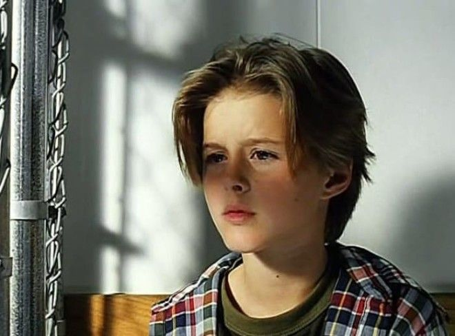 Элисон Уитбек в фильме Американская дочь 1995 Фото staroetv