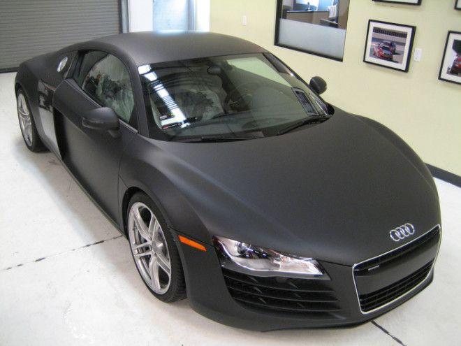 А эта Audi обтянута уже матовой черной пленкой Фото sprayedltdcouk