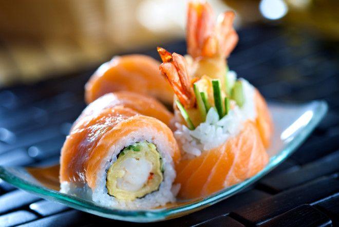 Картинки по запросу вкусные роллы и суши