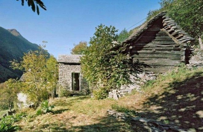 Дом который выглядит как ветхая хижина