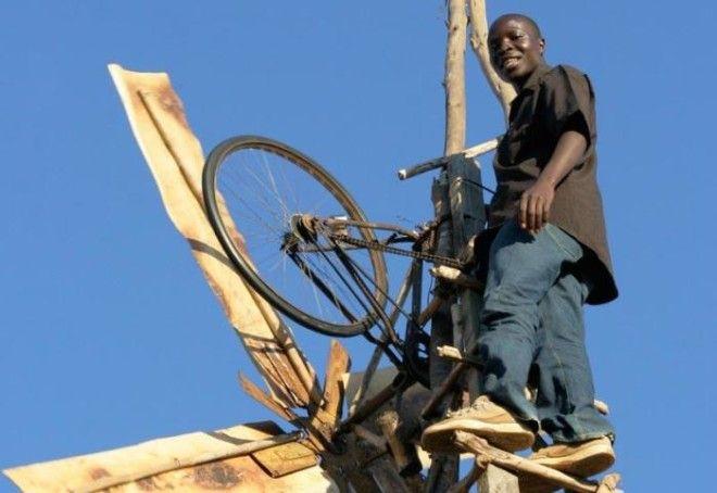 Ветрогенератор построенный руками 14летнего подростка из деревушки расположенной в Восточной Африке