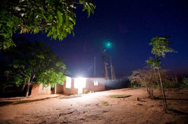 Благодаря самодельному ветрогенератору в деревушку Уимби пришло электричество