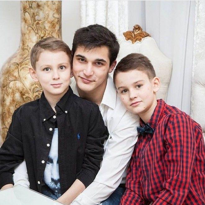 Звезды, которые отказались от усыновленных детей