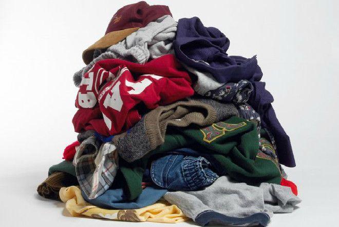 Изношенная и порванная одежда