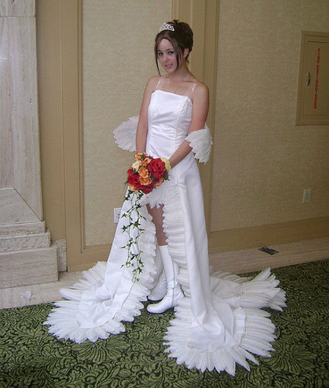 S6 самых чудовищных свадебных платьев невест которые немного перестарались