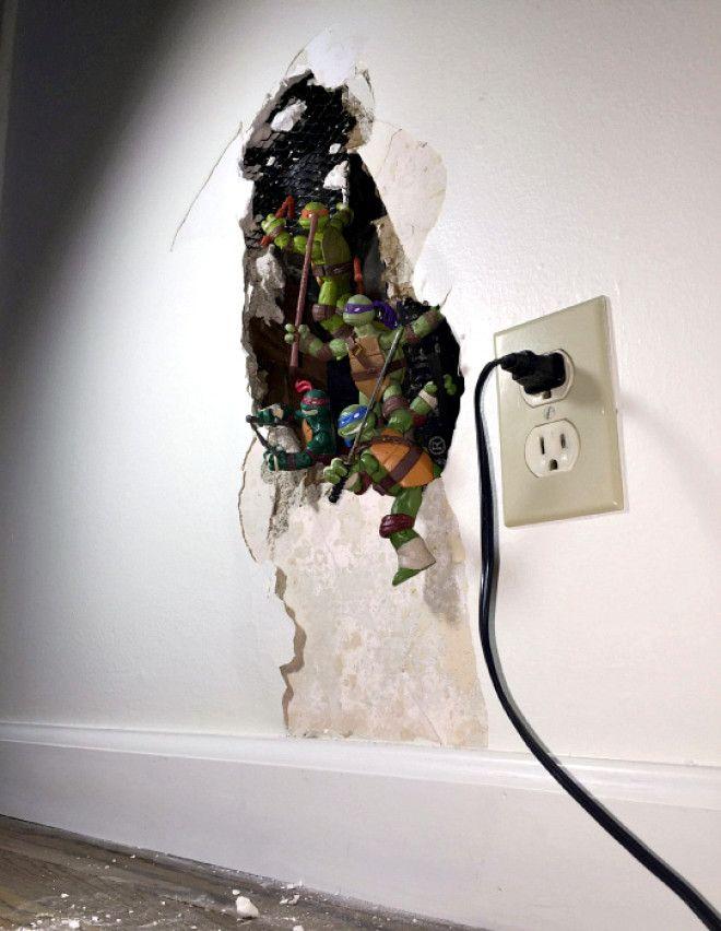 Ремонт дырки в стене