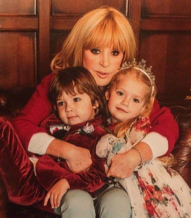 Картинки по запросу Двойняшки Гарри и Лиза
