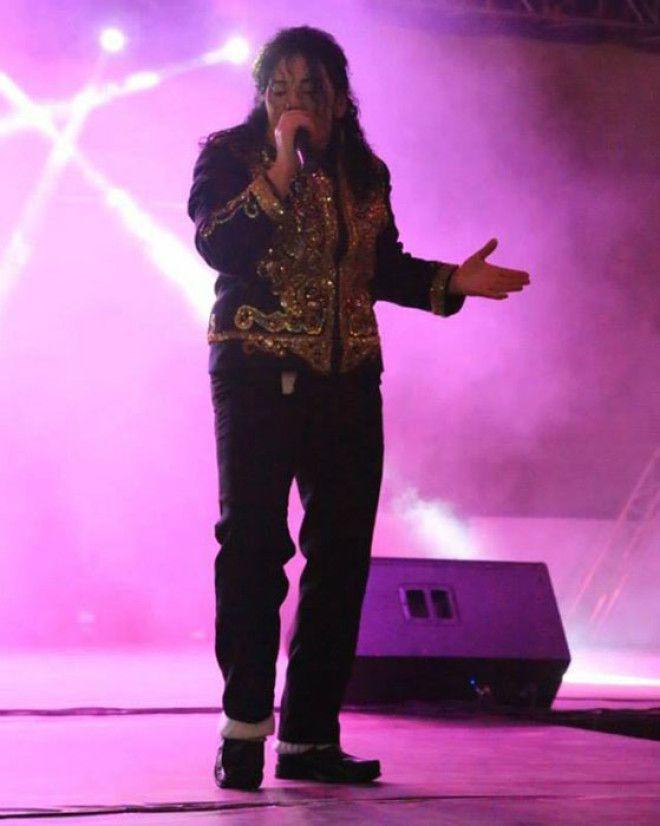 Микки Джей намеренно изменила свою внешность чтобы выступать как воплощение знаменитого певца