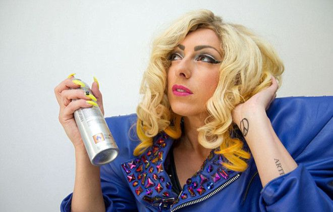 Донна Трего превратила себя в копию знаменитой певицы