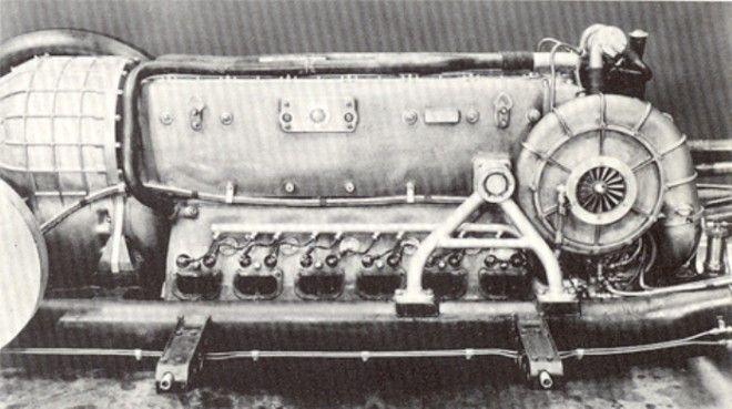 Силовая установка рекордной машины мощностью 3000 лс Фото detailsofcarscom