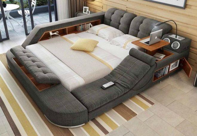 Огромная кровать с множеством функций