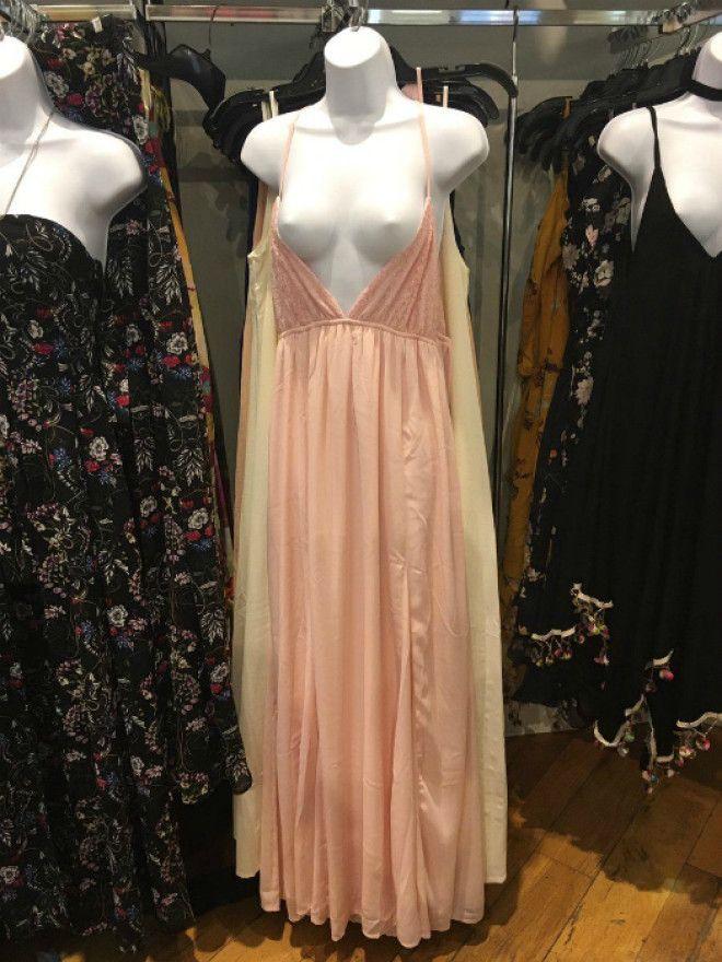 Эротика в магазине одежды