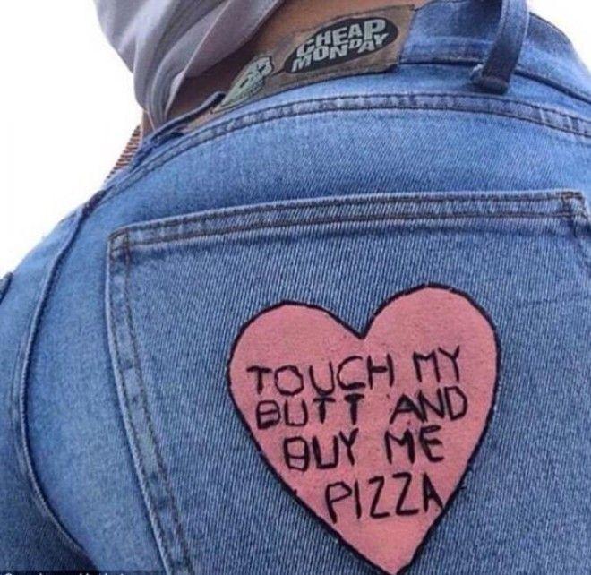 Дотронься до моей задницы и купи мне пиццу Меган без стеснения публиковала даже такие шутки