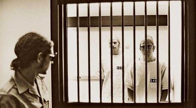 Стэнфордский эксперимент: как люди превращаются в «охранников» и «заключённых»