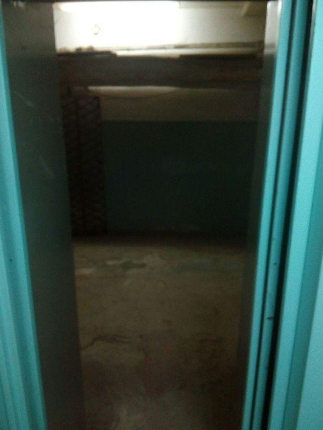 Lак парень попал в место из фильмов ужасов нажав запрещенную кнопку в лифте
