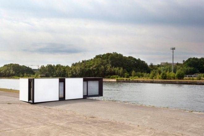 Этот дом оснащён солнечными панелями и вентиляционной системой для рекуперации тепла А ещё его поставляют уже с мебелью