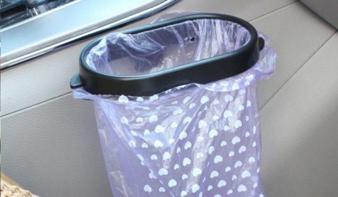 Держатель мусорных пакетов поможет содержать салон в чистоте