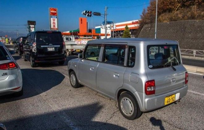 Японцы предпочитают маленькие автомобили