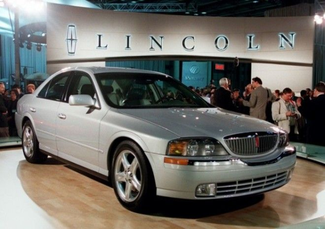 Американский седан Lincoln LS выпускался с 1999 по 2006 года Фото cheatsheetcom