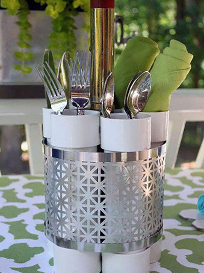 Потребуется всего лишь соединить трубы между собой и для лучшего декора красивым металлическим изделием