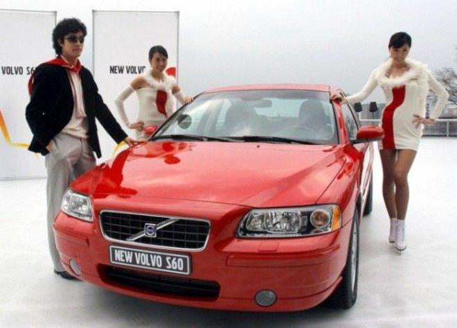 Volvo S60 первого поколения выпускались с 2000 по 2009 гг Фото cheatsheetcom