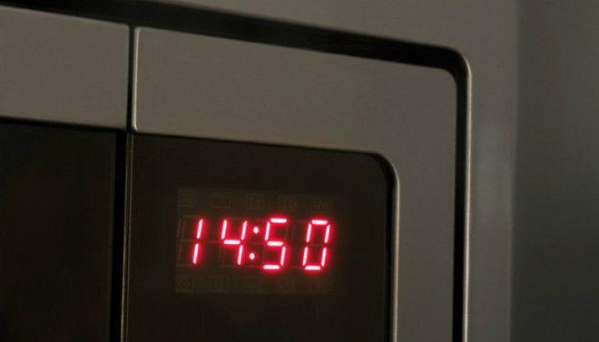 Почему часы в бытовой технике европейцев стали отставать на 5 минут