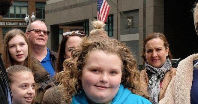 SПомните эту девочку Сейчас ей 11 лет и многие шокированы ее внешним видом