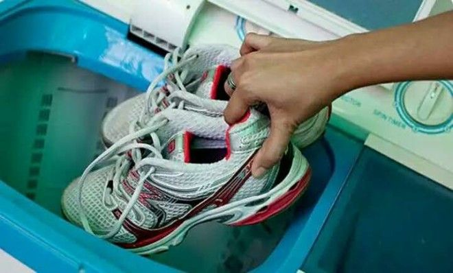shoes in washing machine