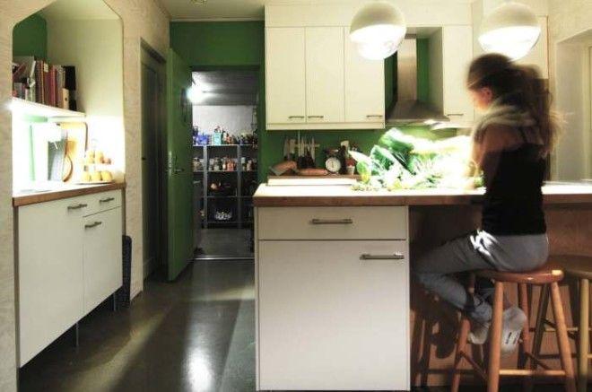 Рядом можно сделать кухню