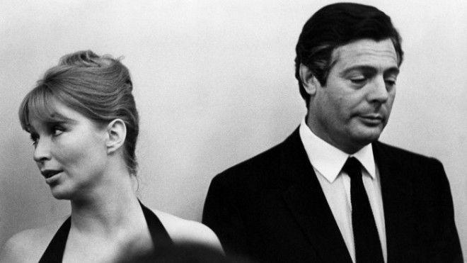 Актеры Марина Влади Франция Марчелло Мастрояни Италия на VI Московском международном кинофестивале Москва Июль 1969 год