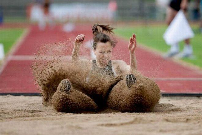 Плавное скольжение по песку