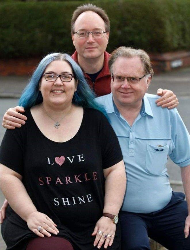 SКак выглядит дама которую делят муж бойфренд и два любовника