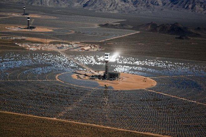 Электростанция в пустыне Мохаве