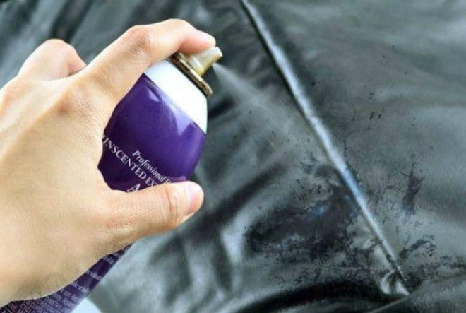 Чистка кожаных изделий лаком для волос
