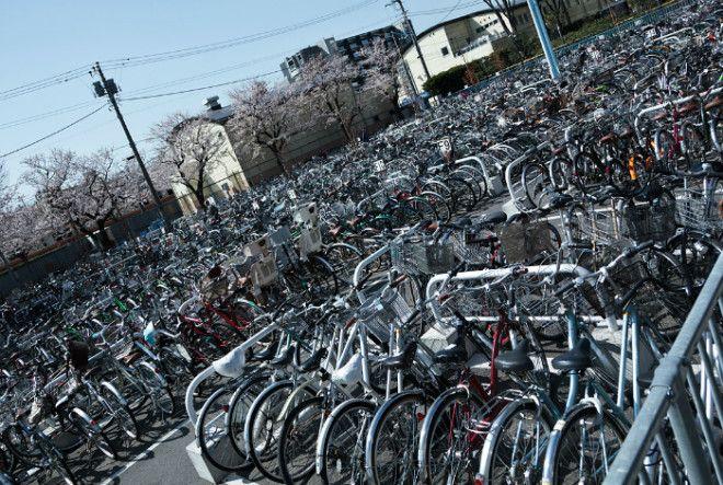 Адские велосипедные парковки в Японии