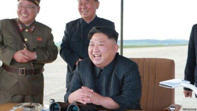 У нынешнего лидера Северной Кореи охраны меньше чем у предыдущего