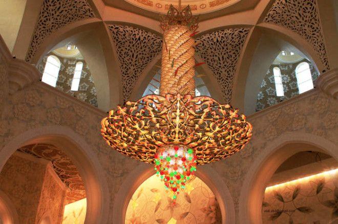 Главная люстра мечети Фото wwwsuperwallus