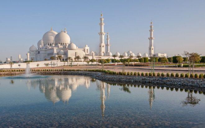 Мечеть шейха Зайда в АбуДаби Фото wwwtraveldiggcom