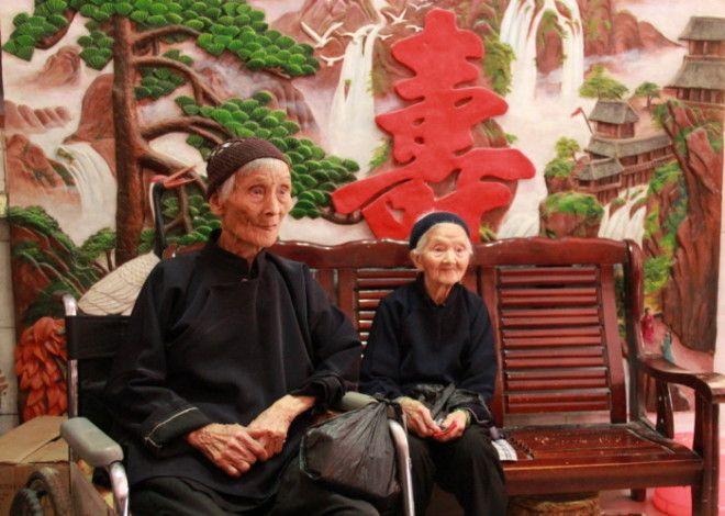 После смерти общего мужа его жены остались подругами Фотоchinadailycom
