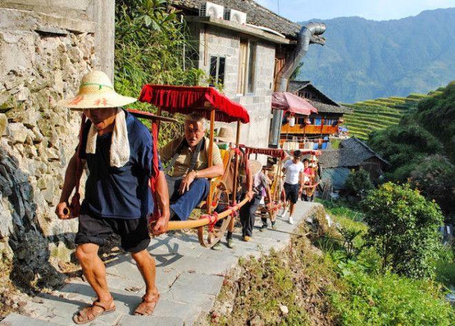 Полчища туристов нарушают привычный уклад но хорошо платят Фотоawdru