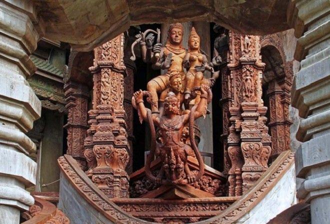 Невероятное переплетение культур и традиций Храм истины Таиланд